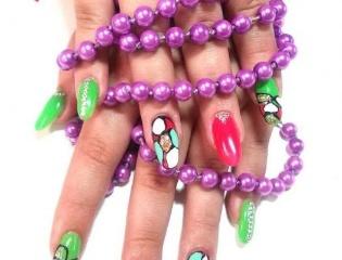 Профессиональные ногти.