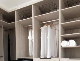 Custom closets - Vaniti - Kitchen
