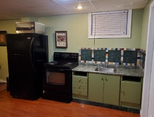 $ 1, 200/1 br - Spacious one bedroom apartment for rent.